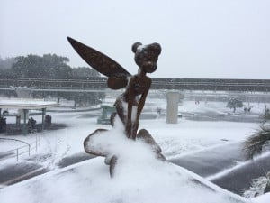 All the statues that lined the walkway to Disneyland Park were covered in snow. Tinkerbell must be freezing!