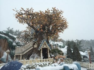 Chip N' Dale's Treehouse Covered in Snow