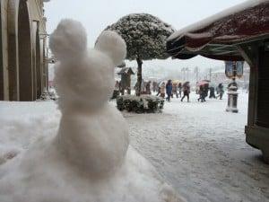No Shortage of Mickey Snowmen