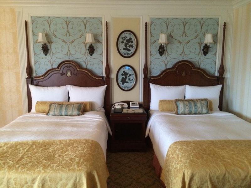 Tokyo Disneyland Hotel Room Beds