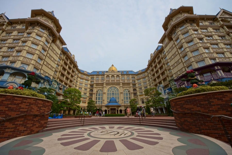 Welcome to Tokyo Disneyland Hotel! (Photo Credit : Junichi Hirane)