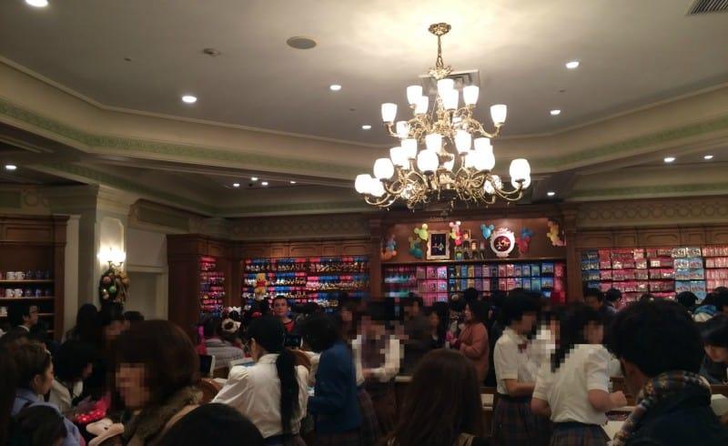 Crowds at Tokyo Disney Resort