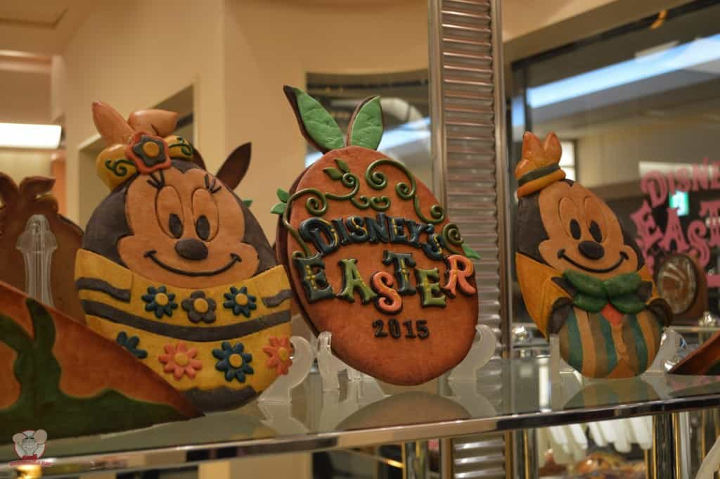 Review of 5 Snacks at Tokyo Disneyland for Disney's Easter