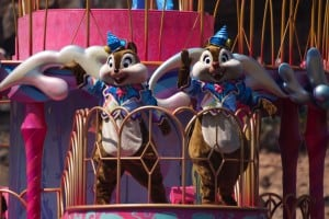 Fashionable Easter at Tokyo DisneySea Chip N Dale