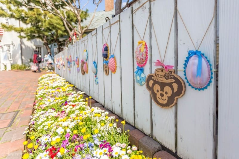 White Picket Fence Decoration for Duffy's Easter Fair at Tokyo DisneySea