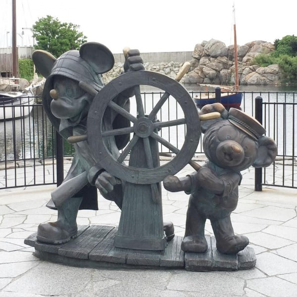 New Duffy statue in Cape Cod! This is incredibly cute.