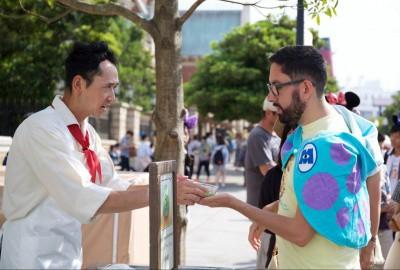20 Japanese Phrases for Dining at Tokyo Disney Resort