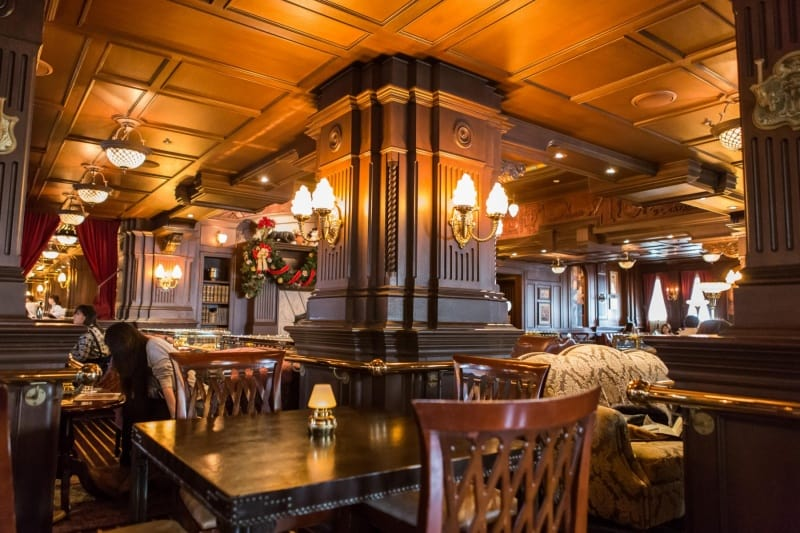 Table View Teddy Roosevelt Lounge Tokyo DisneySea