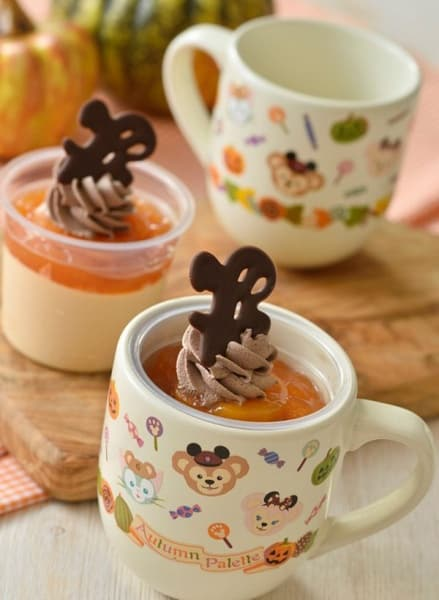 Caramel Mousse and Apricot Jelly, with Souvenir Cup ¥880