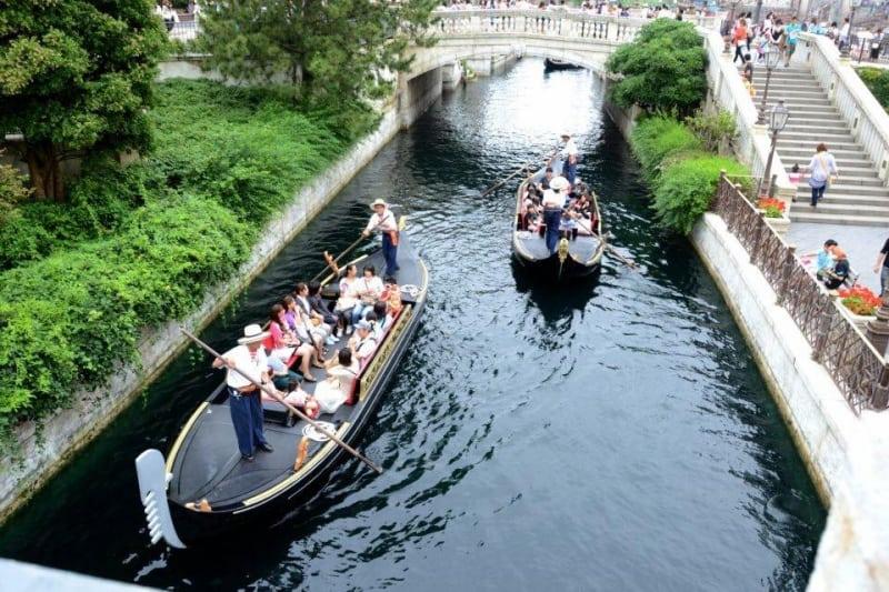 Gondolas at Tokyo DisneySea