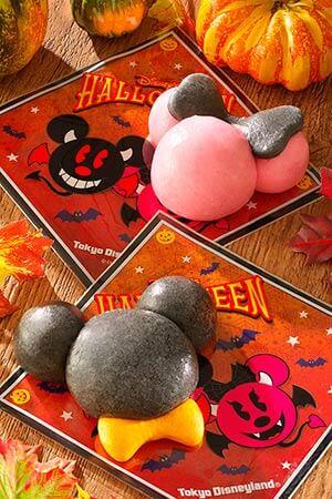 Mickey Bun (Pork, Shrimp in a Demi-Glace Sauce) ¥450 Minnie Bun (Purple Sweet Potato & Marron ) ¥450 Available at Boiler Room Bites