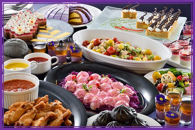 Sailing Day Special Halloween Buffet Adults ¥3,090 Children 7 - 12 years old ¥1,950 Children 4 - 6 years old ¥1,230  Available at Sailing Day Buffet
