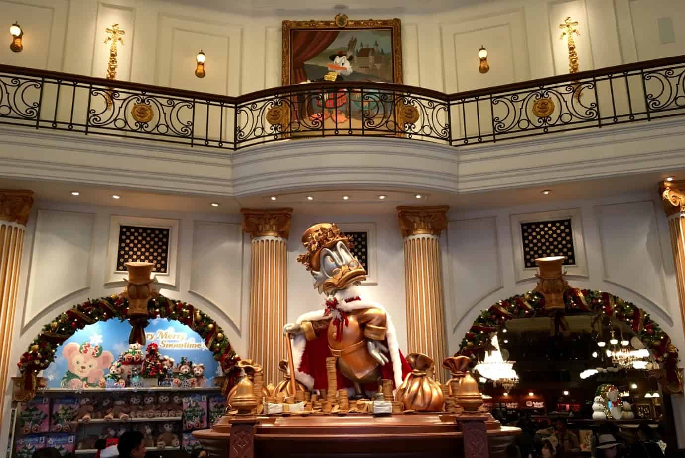 15 Beautiful Christmas Photos At Tokyo Disney