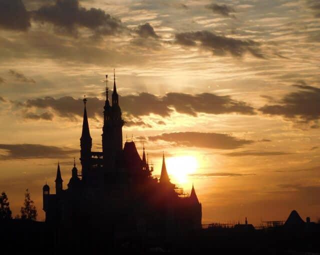 "Shanghai Disneyland to Make A ""Loud Statement"" Says Disney CEO"