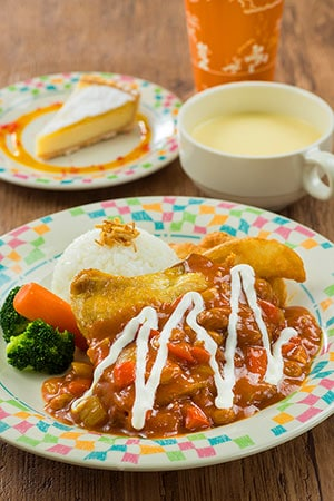 Grandma Sara's Recommended Set ¥1,580 Includes Chicken in a Tomato Curry Sauce, with Butter Rice Cold Corn Soup Banana Coconut Tart Soft Drink Available from Grandma Sara's Kitchen