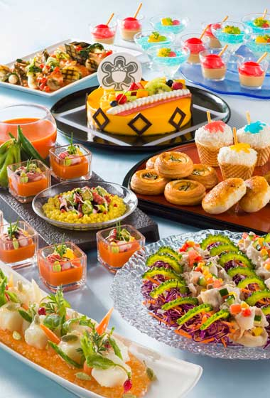 Sherwood Garden Buffet Lunch Adult ¥3,610 Children (7 to 12 Years) ¥2,580 Children (4-6 Years) ¥1,750 Available between 12.00 pm - 2.30 pm at Sherwood Garden Restaurant Please Note: Priority Seating is required