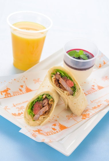 Tic Tock Diner Special Set ¥1,860 Includes Pork and Beans in a Spicy Burrito Yogurt Mousse Soft Drinks Available between 11.30 am - 10.00 pm at Tick Tock Diner