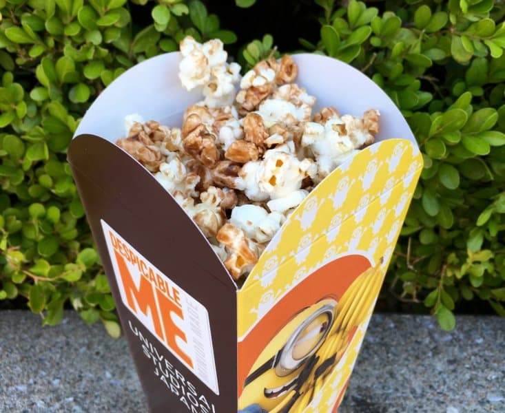 chocolate-banana-popcorn-upclose-universal-studios-japan