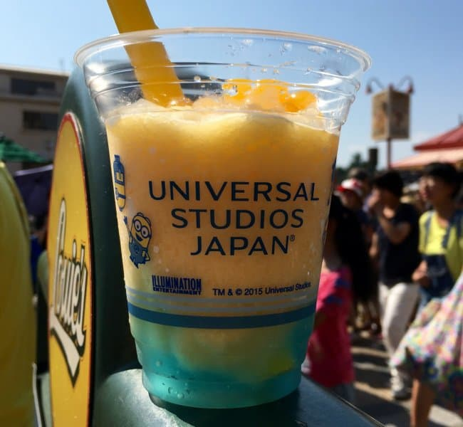 close-up-minion-slush-universal-studios-japan