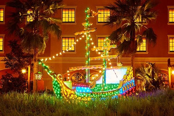 [Tokyo Disney Resort] Tokyo Disney Celebration Hotel (2016) - Page 2 Discover-garden-at-night-300x200@2x