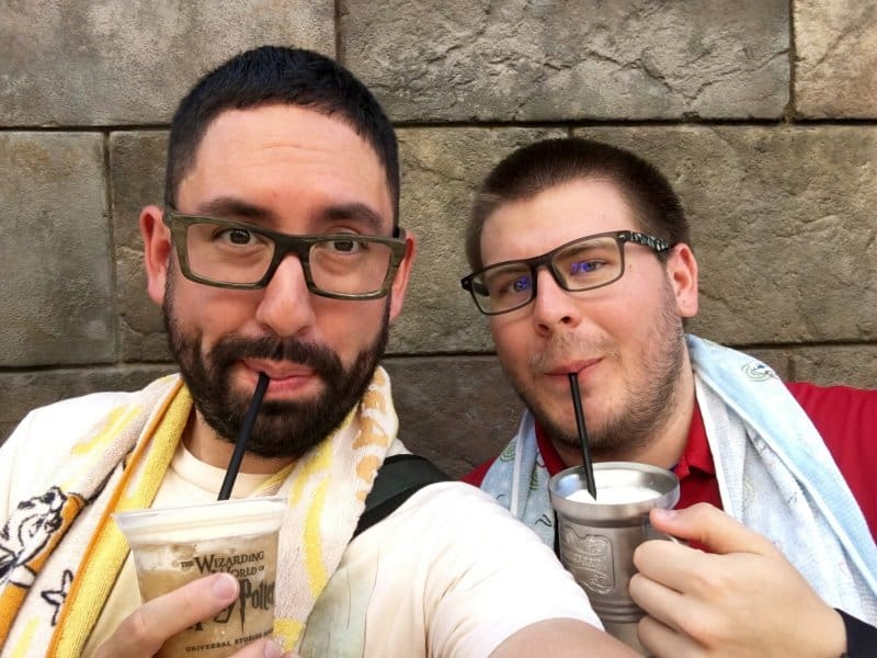 enjoying-butterbeer-universal-studios-japan
