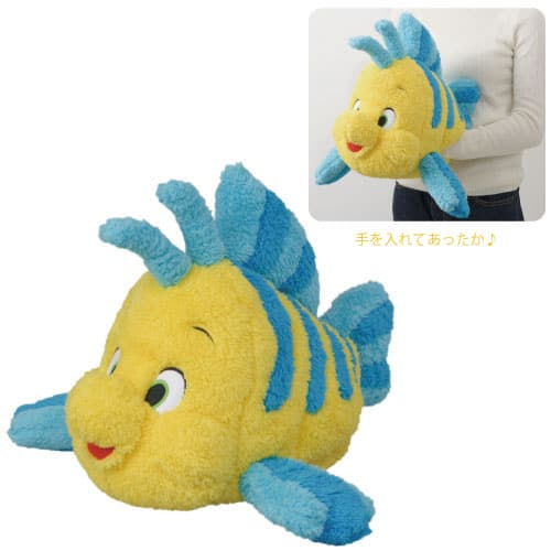Flounder Cushion ¥2,800 Available from October 3