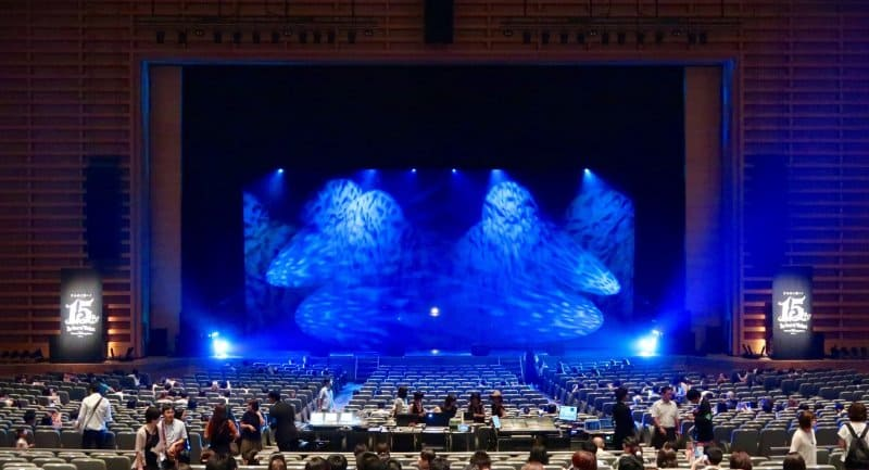 tokyo-disneysea-15th-anniversary-in-concert-stage