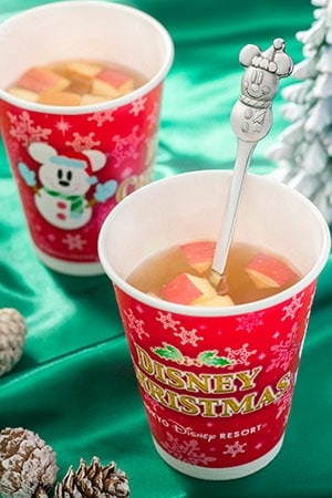 Hot Apple & Cinnamon Drink, with Souvenir Spoon ¥800 Without Souvenir Spoon ¥400 Available from the following locations Squeezer's Tropical Juice Bar Ice Cream Cone Cleo's This Drink is also on sale at the following Tokyo DisneySea locations Gondolier Snacks Tropic Al's