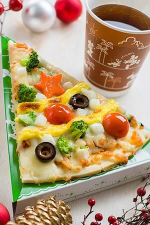 Captain's Hook Galley Special Christmas Set ¥730 Includes BBQ Chicken and Mozzarella Pizza Soft Drink Available from Captain Hook's Galley