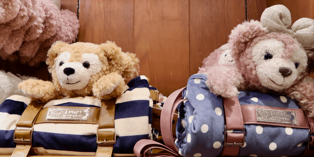 VIDEO: Duffy and ShellieMay Hoodies at Tokyo DisneySea