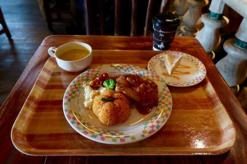 halloween-2016-special-set-at-grandma-saras-kitchen