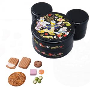 assorted-snacks-2000-new-years-2017-tokyo-disneyland