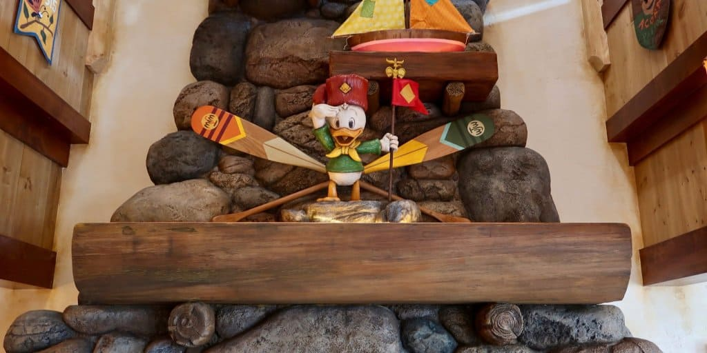A Detailed Look at Camp Woodchuck Kitchen and Greeting Trails in Tokyo Disneyland