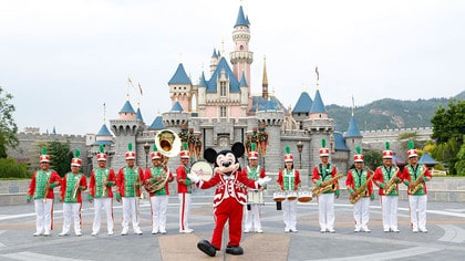 hong-kong-disneyland-christmas-2016-band