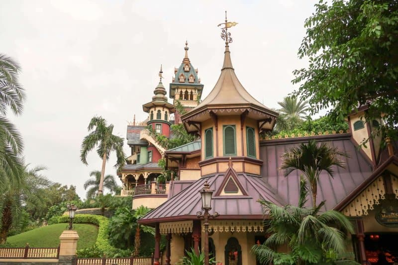 Mystic Manor Hong Kong Disneyland