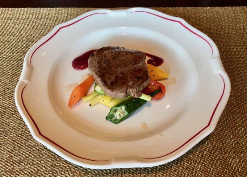 Shanghai Disneyland Hotel Lumieres Kitchen Grilled Beef