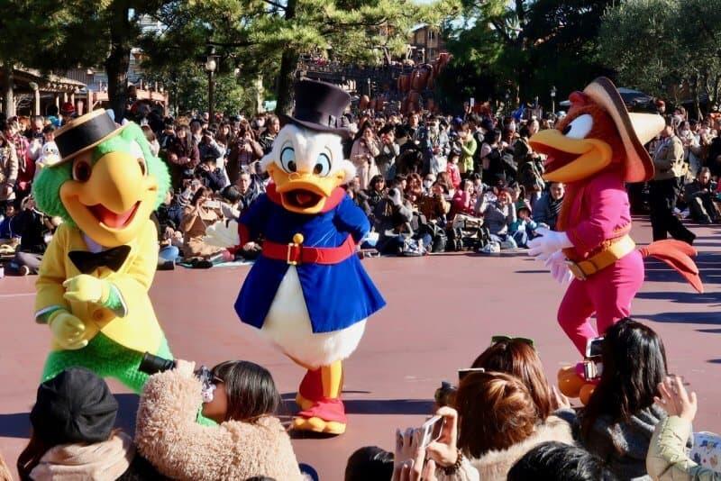 Tokyo Disneyland New Years 2017 Jose Scrooge Panchito