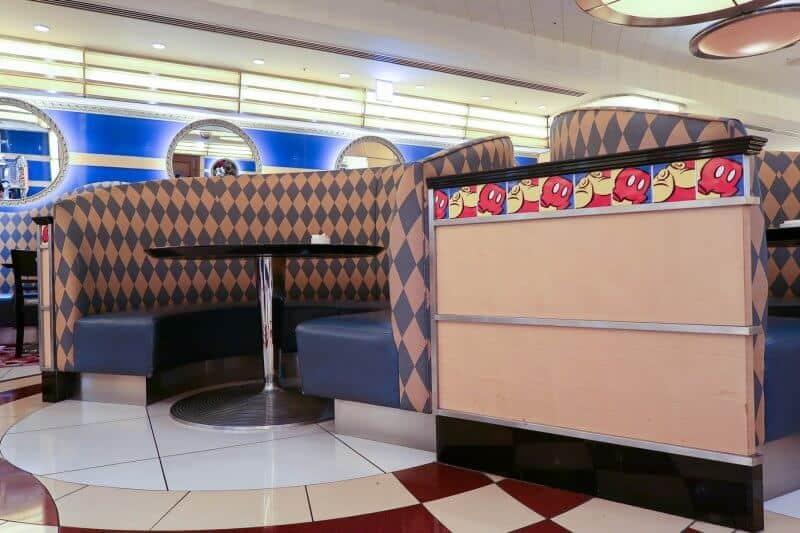 Booths Chef Mickey Disney Ambassador Hotel Tokyo Disneyland
