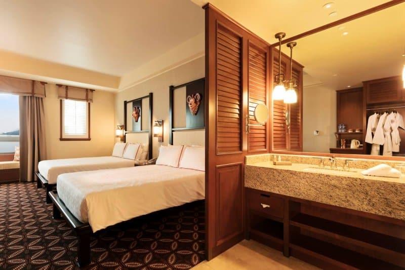 Disney Explorers Lodge Room