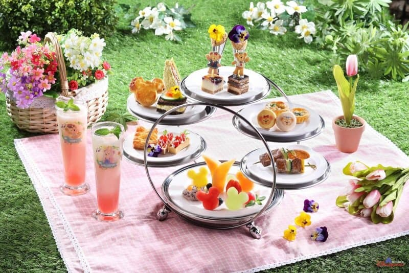 Hong Kong Disneyland Disney Friends Springtime Carnival Tea Time Set