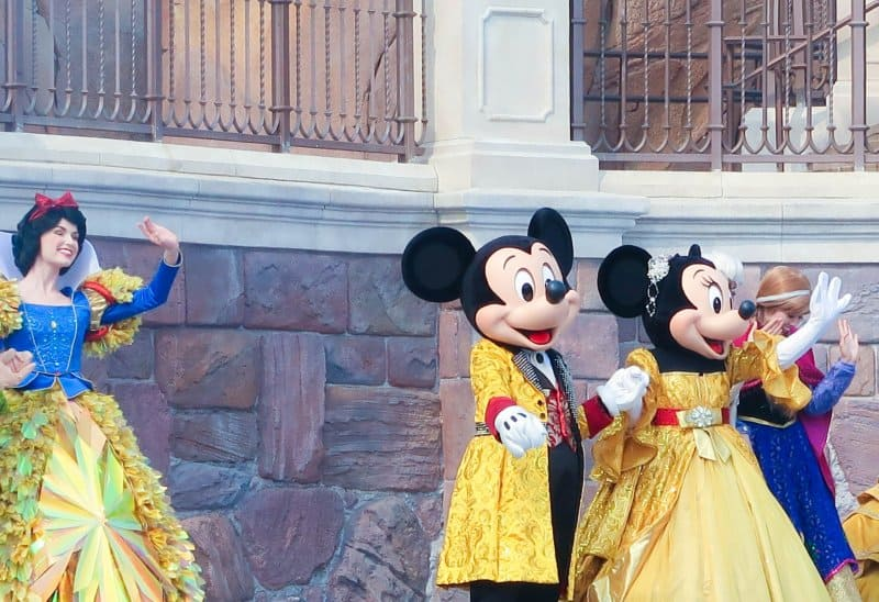 Mickey and Minnie Golden Fairytale Fanfare Shanghai Disneyland
