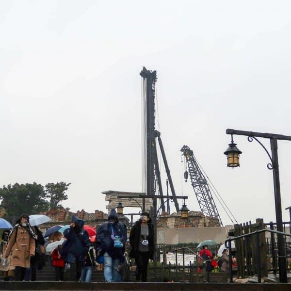 Soarin Construction Tokyo DisneySea Crane