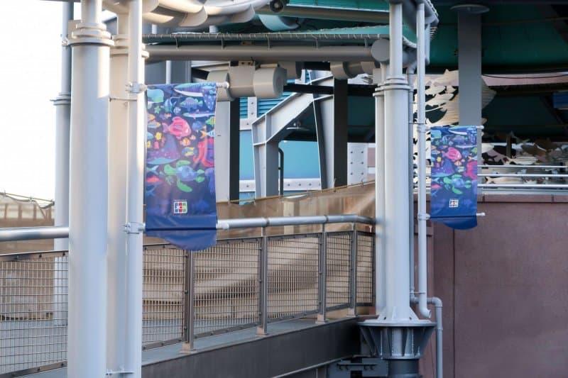 Nemo & Friends SeaRider Tokyo DisneySea Banners