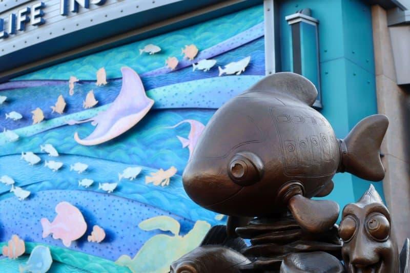 Nemo & Friends SeaRider Tokyo DisneySea Statue