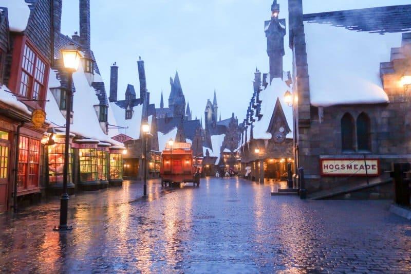 Universal Studios Japan Wizarding World of Harry Potter Rain