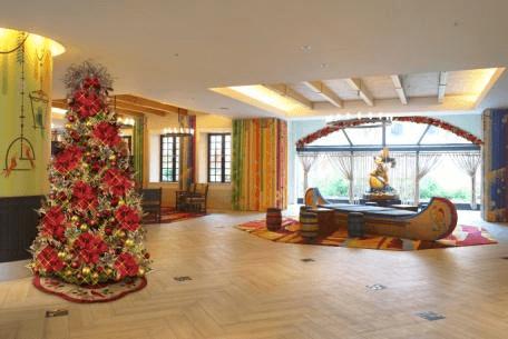 Tokyo Disney Celebration Hotel Christmas Decorations