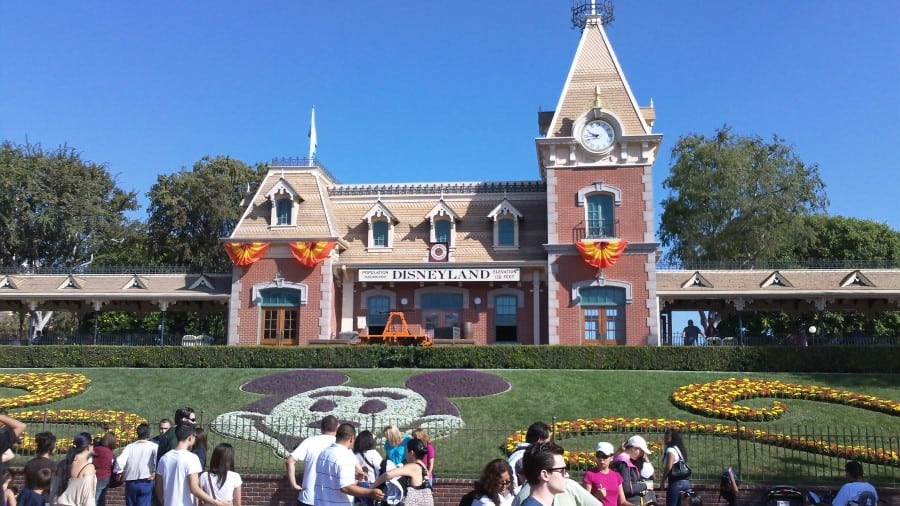 Spontaneous Trip to Disneyland in California (Day One Trip Report – Sept 19th, 2010)