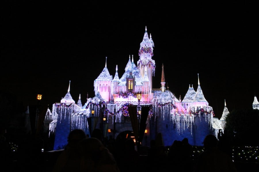 A Christmas Fantasy Parade – Disneyland Day One