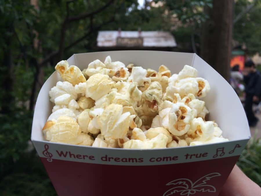 REVIEW: Cream Soda Popcorn at Tokyo Disney Resort
