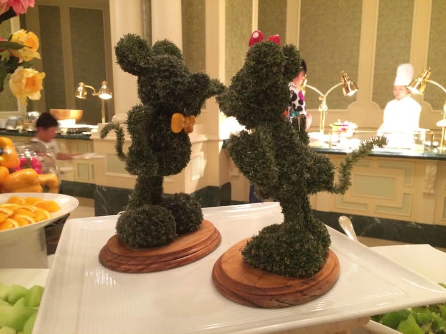 Mickey and Minnie at Sherwood Garden Buffet